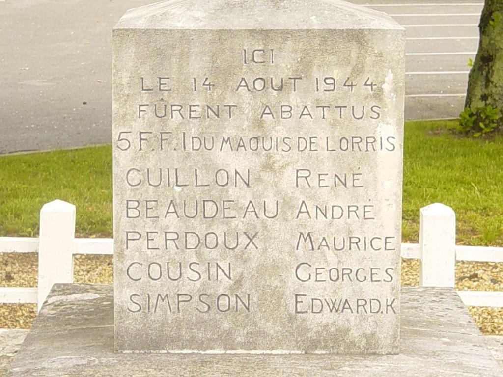 Monument Ouzouer sur Loire1