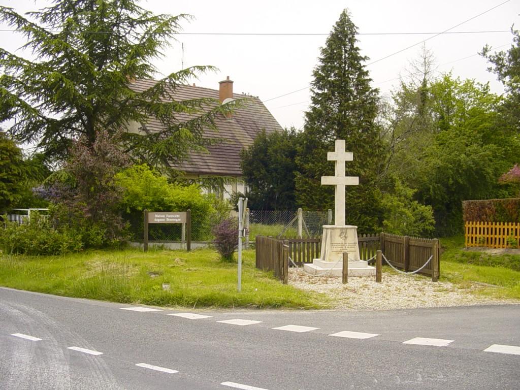 37.Monument Boussogne