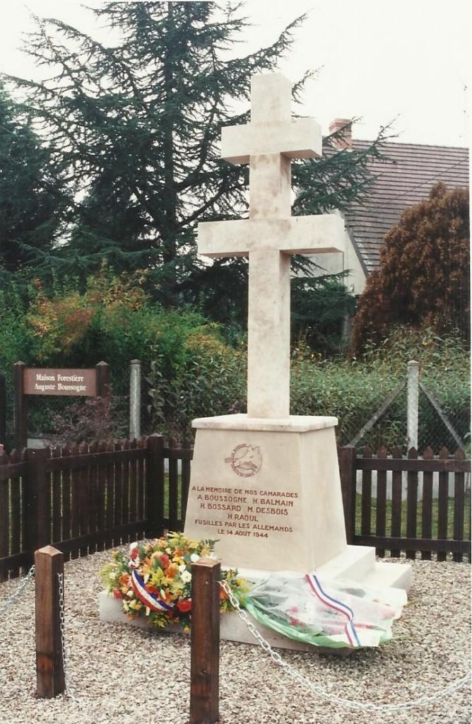 Monument Boussogne 2000