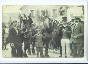 André et François Meert, concours de juments, Varennes, 1928 (Droits réservés, Famille Vallot-Meert)