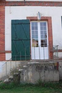 Maison du gardien devant laquelle est abattu François Meert, les impacts de balles sont toujours là (Droits réservés, Famille Vallot-Meert)